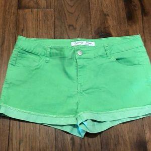 🔥SALE🔥 Green Shorts